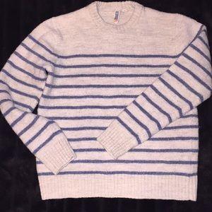 89Men Sz Yth M cream & blue striped sweater